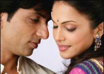 <i>Ek Vivaah...Aisa Bhi</i> is not a sequel to <i>Vivah:</i> Director