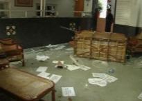 North Indian youths attack Maharashtra Sadan in Delhi