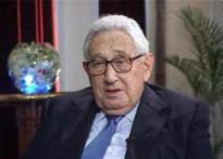 Watch: Kissinger pitches in for Hillary Clinton