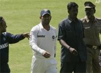 I slept for just 6 hours during Mumbai siege: Dhoni