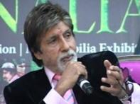Bachchan thrills fans at Jaipur fest, prays for Rahman