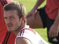 Beckham impresses Maldini at AC Milan
