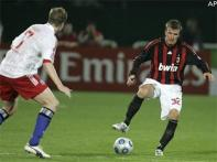 Milan defeat Hamburg on Beckham debut
