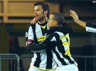 Juventus send Catania out of the Coppa Italia