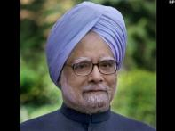 PM Manmohan Singh feeling better, talks to aides