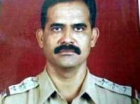 No Ashok Chakra for cop who fought Kasab | <a href='http://ibnlive.in.com/news/11-security-personnel-to-get-ashok-chakra/83597-3.html'>List</a>