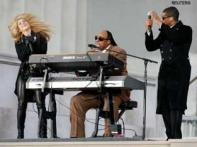 Who makes the Obamas dance? Stevie Wonder!