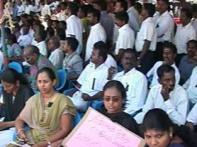 Chennai lawyers' strike continues despite CJI's appeals