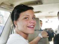 Jade Goody to walk down the aisle without a veil