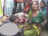 People rough up policeman alleging custodial death