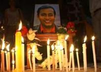 Twist in Rizwanur case, cop found murdered | <a href='http://ibnlive.in.com/news/rizwan-case-key-witness-found-dead-on-railway-line/85111-3-1.html'>Watch</a>