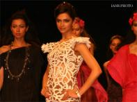 Deepika sashays down ramp at WIFW, vows crowd twice