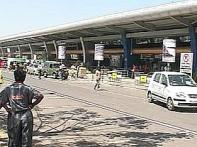 Pune airport: Girl nearly electrocuted, safety measures?