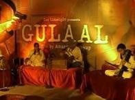 Team <i>Gulaal</i> celebrates Holi in full swing