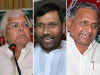 Cong Trouble: Lalu, Paswan, Mulayam join hands