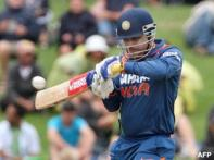 <a href='http://cricketnext.in.com/news/gambhir-perishes-early-in-43over-game/39062-13.html'>Fifth ODI: Ryder thunder blows India away</a> | <a href='http://cricketnext.in.com/flash/scorecard/185993/ODI/index.html'>Scorecard</a>