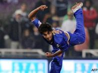 Warne gives IPL new hero Kamran Khan