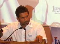 Tendulkar pays tribute to his three gurus