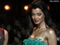 Bollywood star Mugdha Godse survives car crash