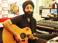 Rabbi Shergill pays tribute to his favourite singers