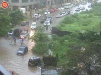 Mumbai down under, millions stranded