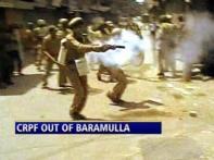 Kashmir on the boil, protests spread to Srinagar