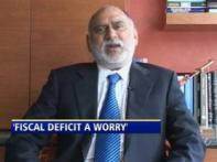 Fiscal deficit a cause for worry: Parag Saxena