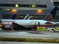 US plane hits severe turbulence, many injured