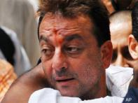 Govt advised not to challenge Sanjay Dutt's acquittal