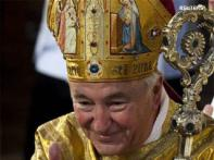 English Catholics head warns against emails, SMS