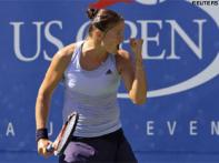 Safina struggles, other top seeds advance easily