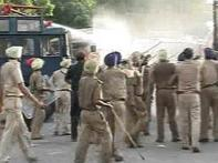 One dies, 65 hurt as farmers go on rampage