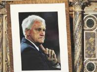 World's footballing family bids farewell to Bobby Robson