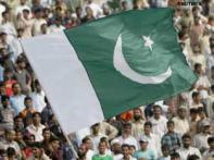 Pak denies firing rockets into Indian territory