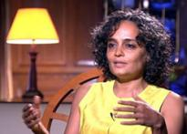 Maoists justified in taking up arms: Arundhati Roy
