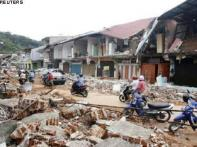 Indonesia quake toll hits 1,000; search still on