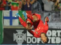 Portugal trounce Malta, secure play-off