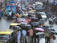 Rain puts wet blanket on Maharashtra poll campaigns