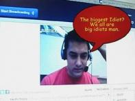 Aamir chats on web with fans to promote <i>3 Idiots</i>