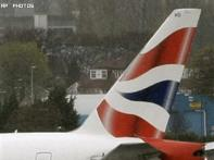 BA takes legal action to halt Christmas strike
