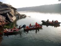 9 die in Kota bridge collapse, 45 still missing