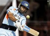 Yuvraj celebrates 'best b'day', gifts India victory