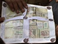 Two held in Delhi with Rs 50 lakh worth of fake notes
