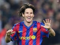 Messi hat-trick fires Barca, Real sink Mallorca
