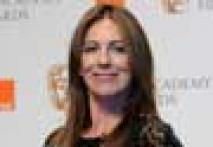 <a href='http://movies.ibnlive.in.com/news/hollywood/the-hurt-locker-wins-best-film-at-bafta/184420/0'> <i>The Hurt Locker</i> bags six BAFTA Awards</a>