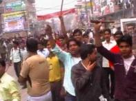 Students attack study centres over hiked fees in Bihar