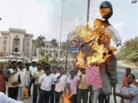 AP minister asks Deccan Chargers to boycott IPL