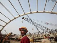 Govt cracks whip on CWG projects delays