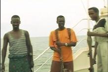 Somalian pirates free captured Indian vessel