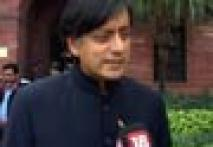 Tharoor to explain his role in IPL to Sonia